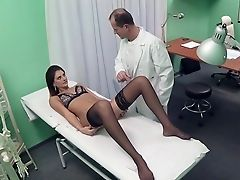 Amateurs , Bimbo, Brunes, à La Clinique , Bureau, Doctor, Hospital, Lingerie , Réalité , Monter,