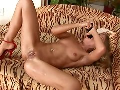 Amateur, Babe, Blonde, Drooling, Fetish, Solo, Squirting,